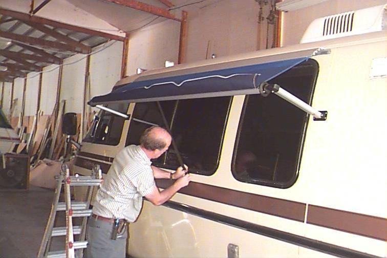 766 P8629 Jpg Gmc Motorhome Awning Motorhome