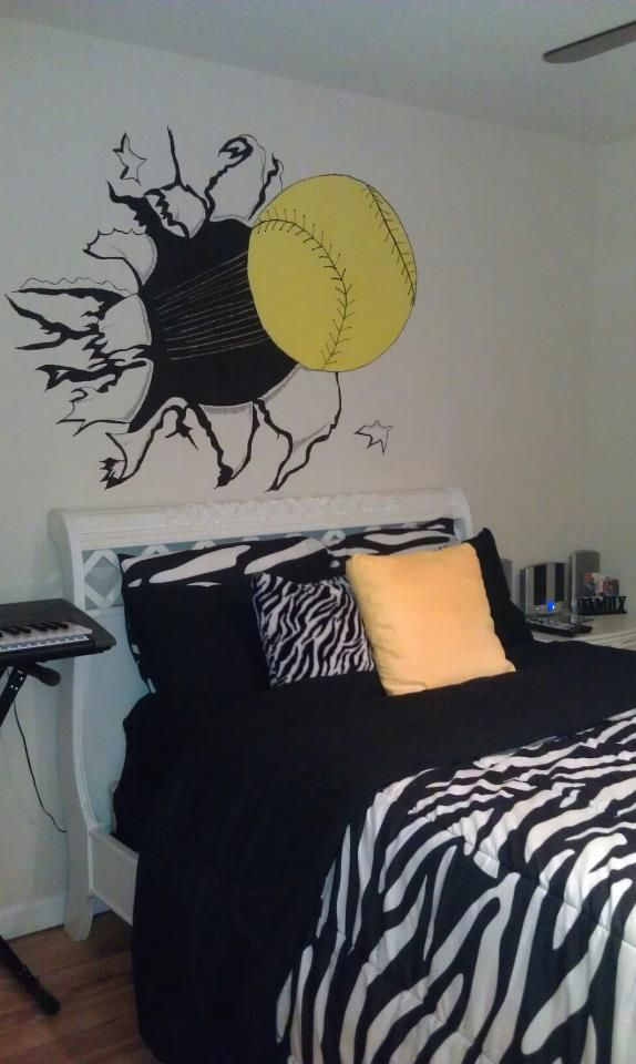 Love This Bedroom For That Softball Player You Could Do With A Baseball Too I Would Make The Thread On Red Though