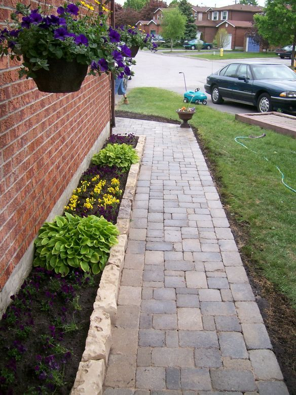 Edging stone idea for the side of the house landscape for Walkway edging ideas