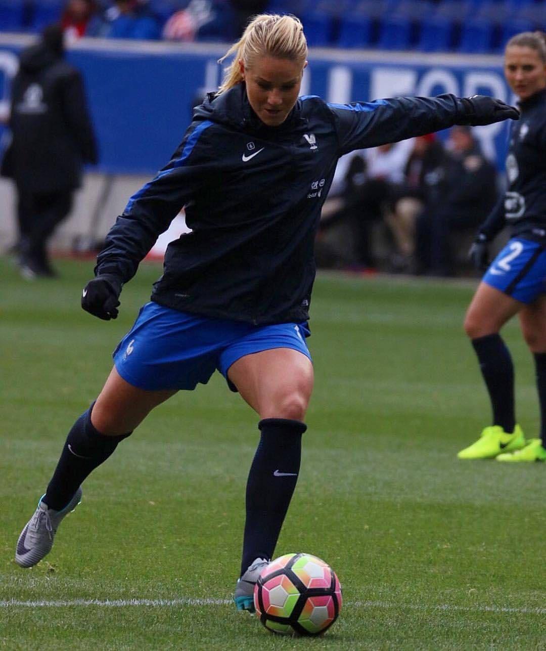 Amandine Henry Equipe De France Football Girls Female Football Player Womens Football