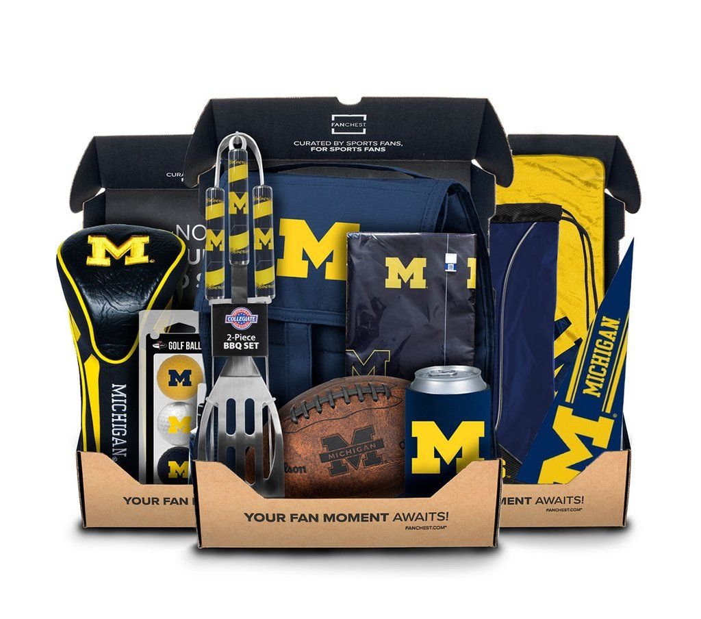 Shop Michigan Wolverines Themed Golf Gift Boxes From Fanchest Includes 5 Officially Licens Michigan Michigan Wolverines Gifts Michigan Themed Gifts
