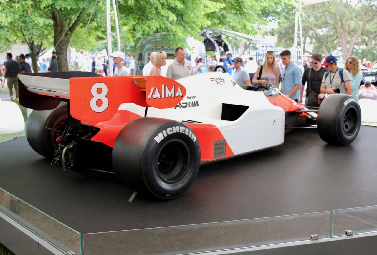 Mclaren f1 race car the goodwood festival of speed