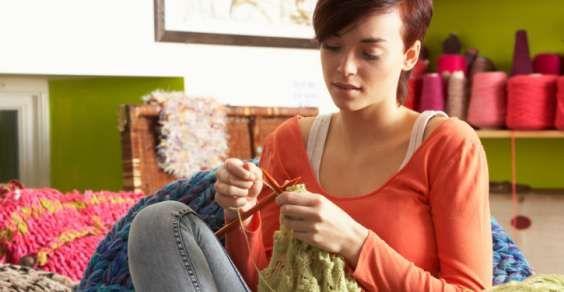 La riscoperta dei lavori manuali (maglia, cucito, uncinetto ecc.. ecc..)