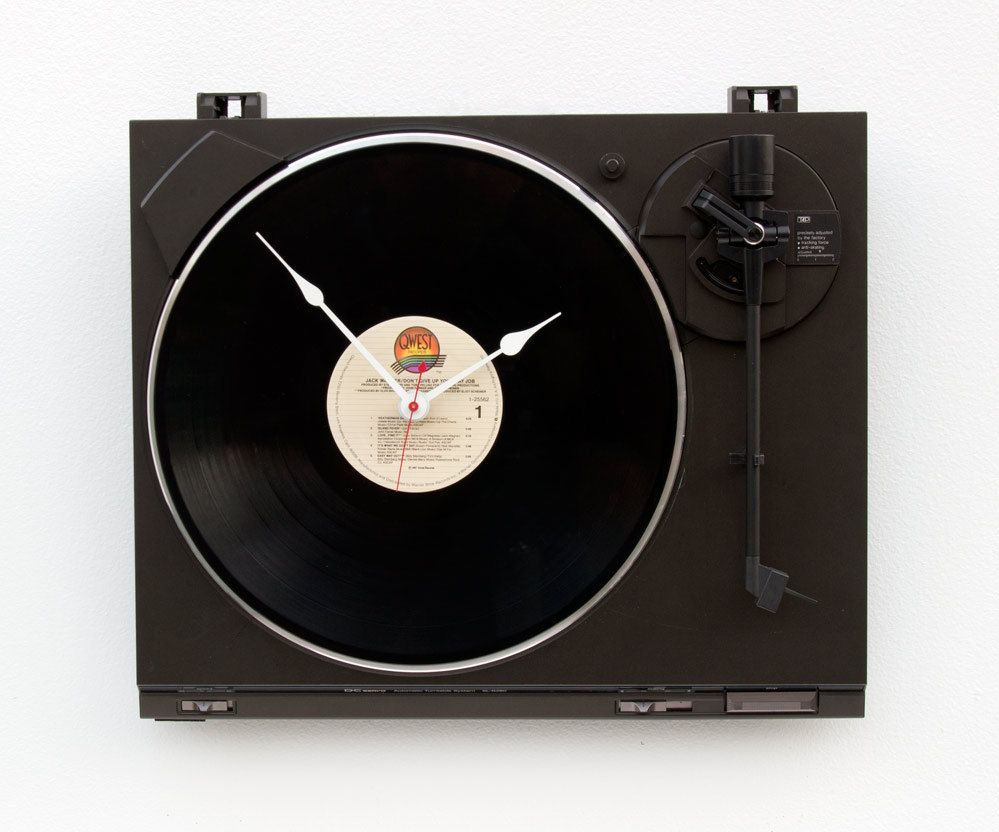 Recycled Turntable Clock by pixelthis on Etsy