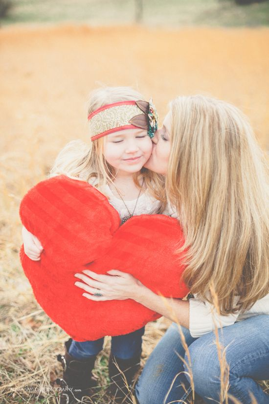 Valentine S Day Family Photos Styling By Elizabeth Ulrich