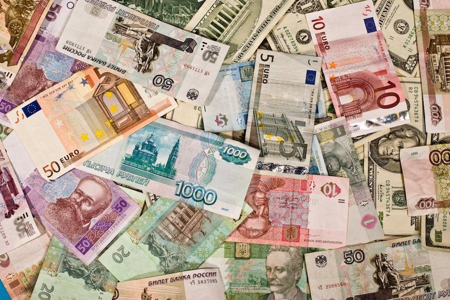 Exchange Currency Abroad 6 Travel Tips