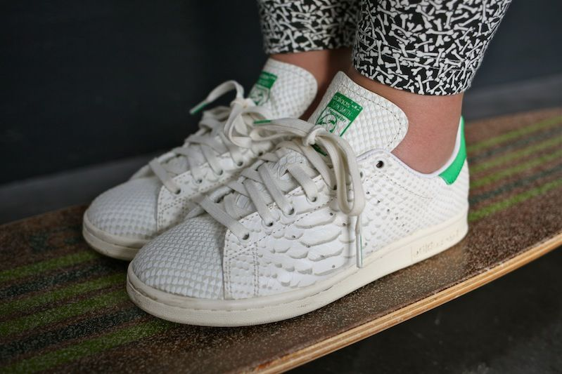 sneakers adidas stan smith consortium snake uglymely 0 2 dly snkrs wmn pinterest tendance. Black Bedroom Furniture Sets. Home Design Ideas