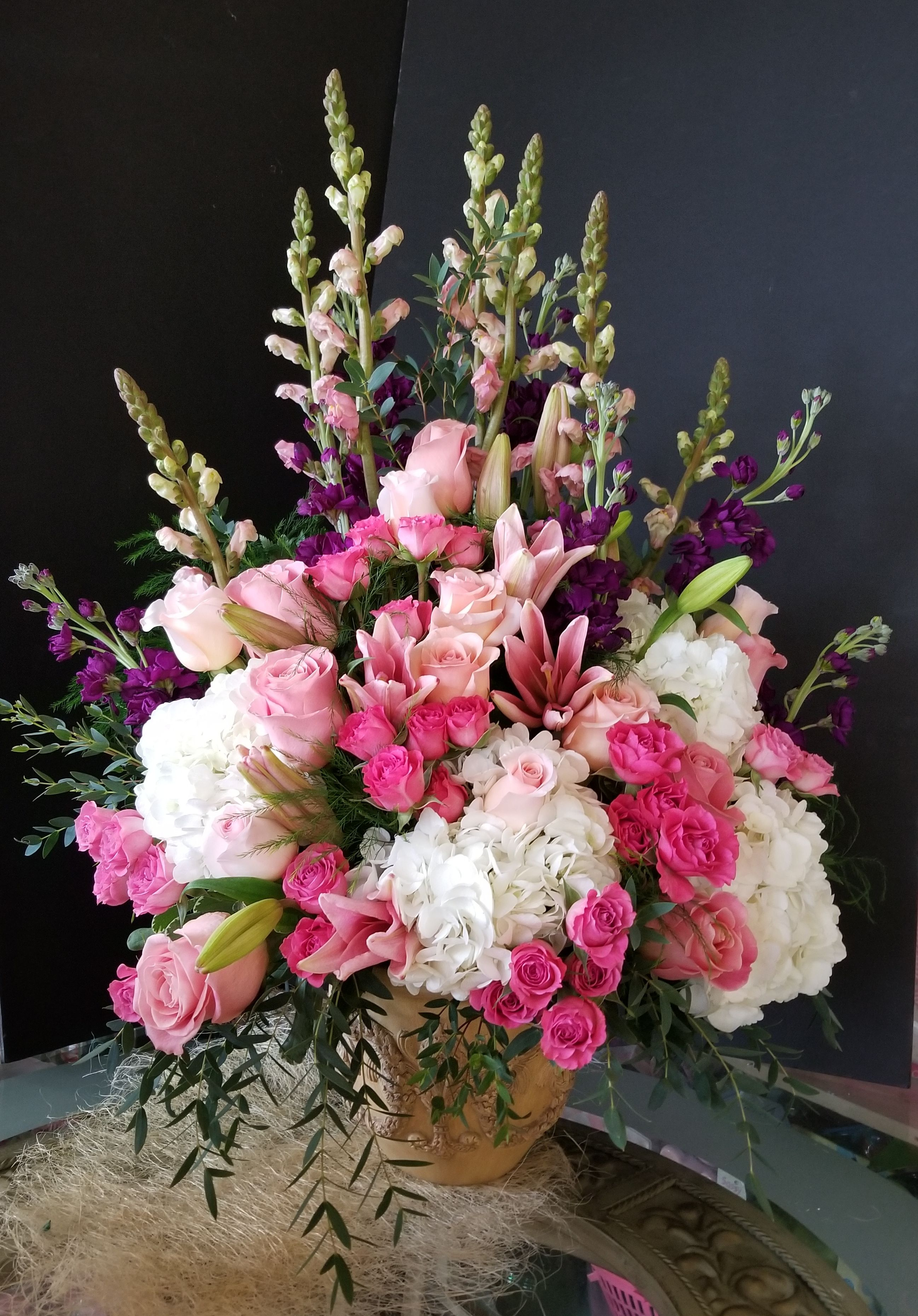 Order Flowers Online With Same Day Delivery From Brigitte S Flower Fresh And Hand Delivered Right To Your Door In Fort Lauderdale