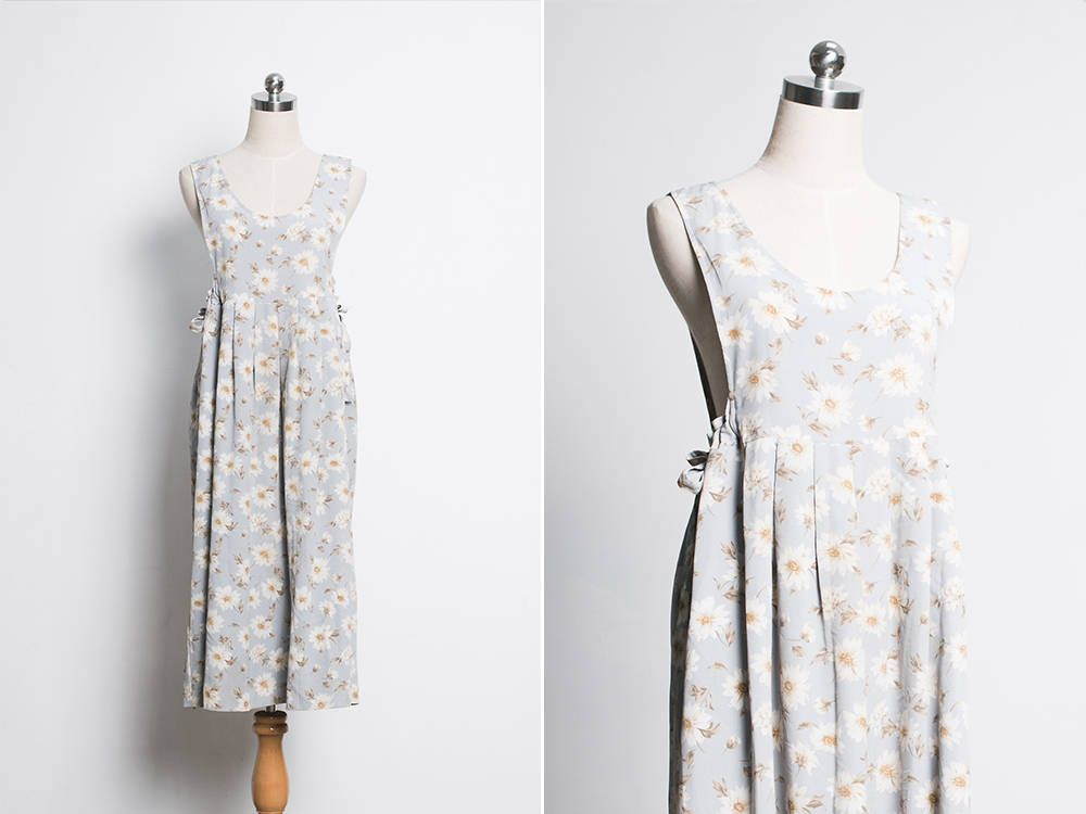 c4b20cc04b33 Classic Japanese Vintage Floral Dress   70s Summer Dress   1970s Grey Blue  Pinafore Dress   Maxi Dress   Floral Dress   Size L XL   US 6-8