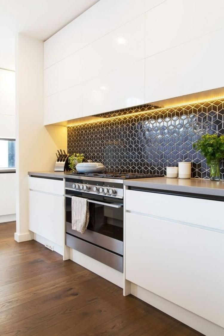 Stunning Kitchen Splashback Tiles Ideas #kitchensplashbacks