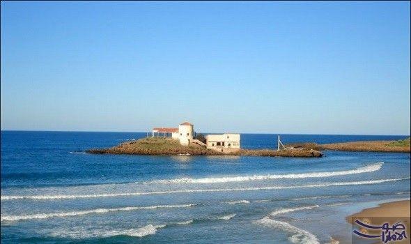 شاطئ بحر المرجان في الجزائر يتسم بجماله الرائع يعتبر شاطئ بحر المرجان الذي يقع بين
