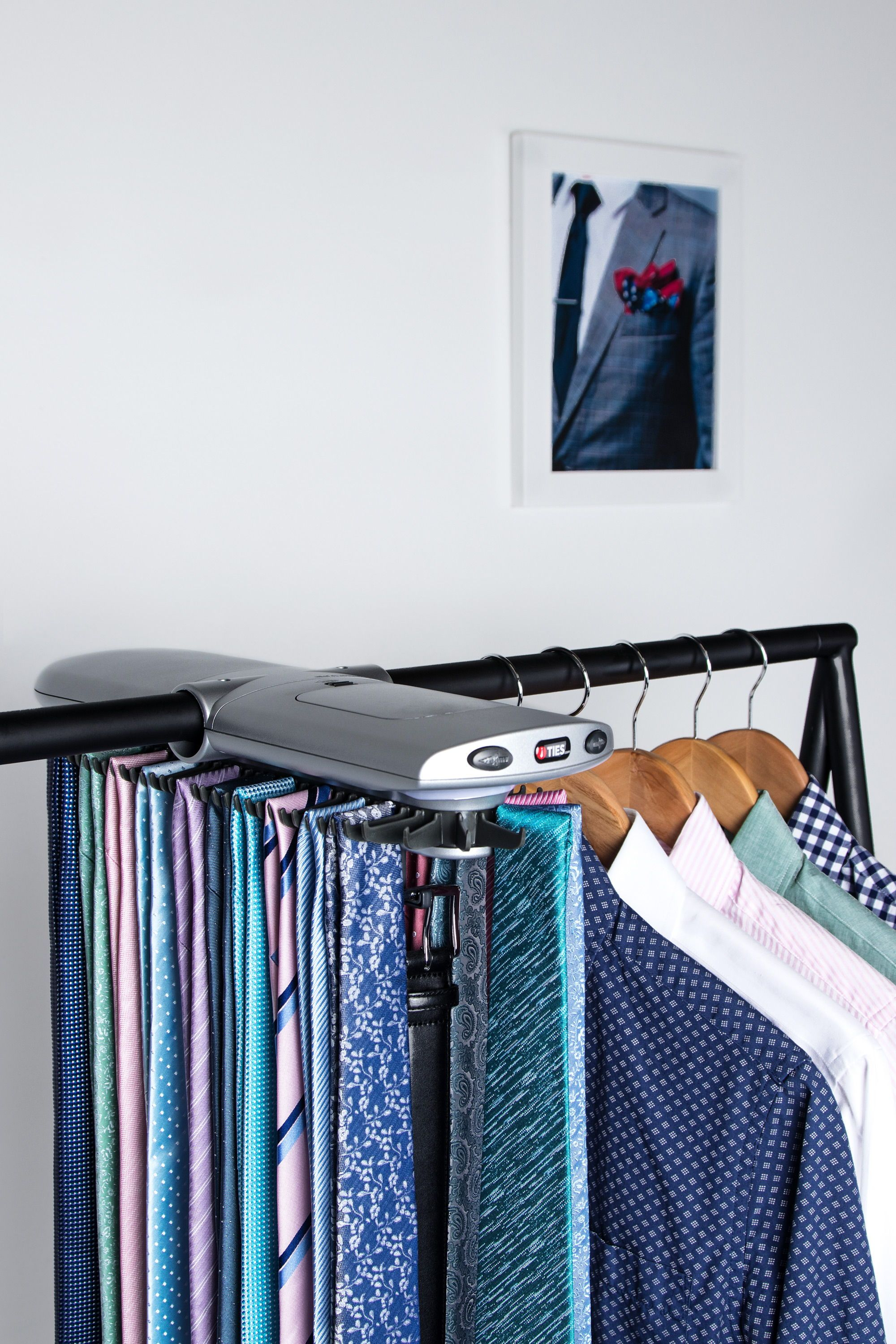 Superbe Electronic Tie Rack By Ties.com #tiesdotcom #theden #thingsyouneed #office