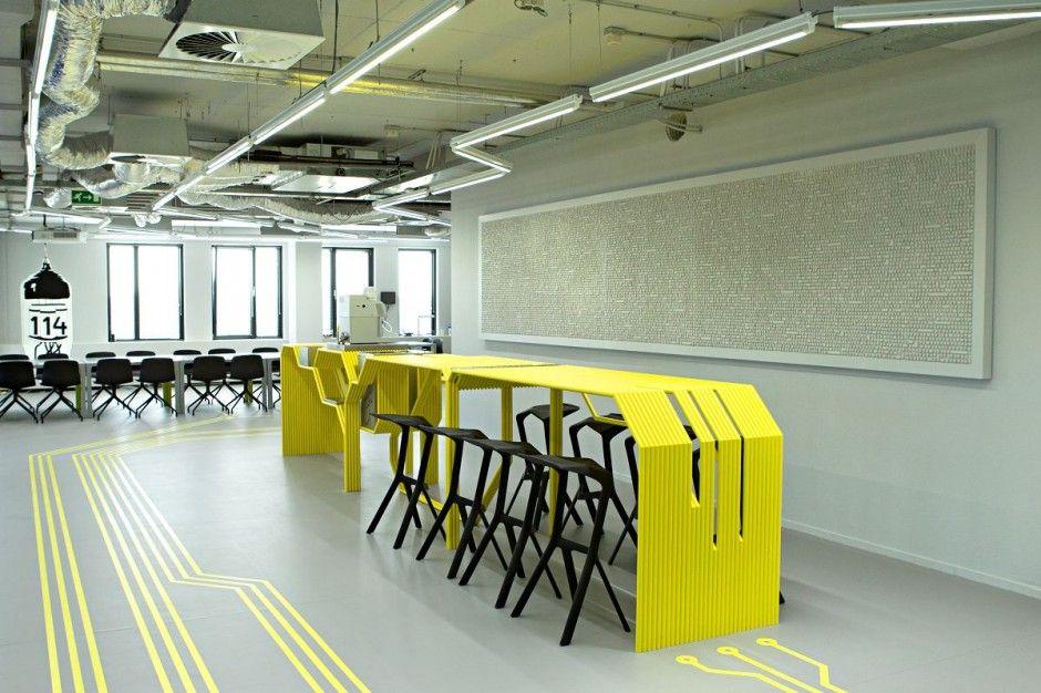 love the floor wayfinding :: ict experience center de verdieping by studio 1:1