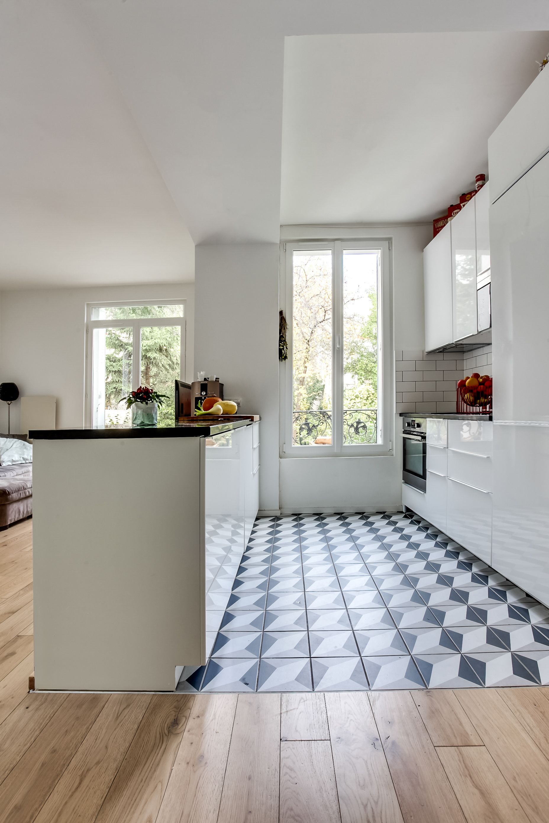Renovation D Un Appartement A Montreuil Listing House Home House