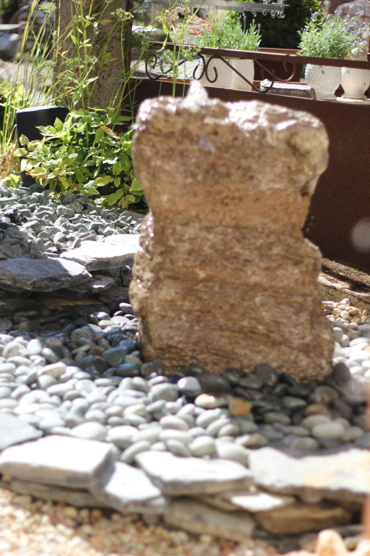 Wasserspiel ☯ Brunnen ☯ Naturstein ☯ Quellstein ☯ Muschelkalk ...