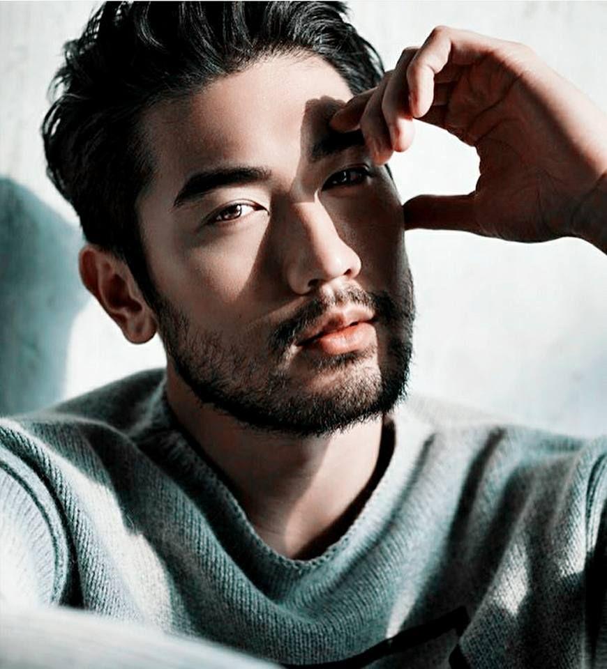 был суррогатной модели мужчины азиаты фото помощью
