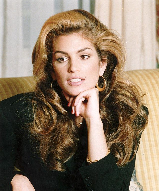 Im a celebrity star amy willerton transforms into cindy crawford amy willerton channels supermodel cindy crawford in sultry pmusecretfo Images