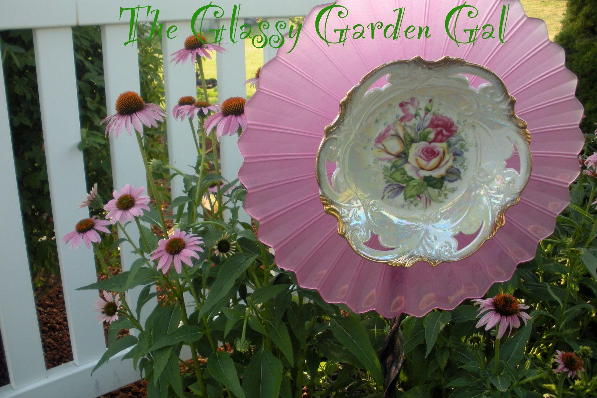 Glass plate garden flower glass garden art yard art for Recycled glass garden ornaments