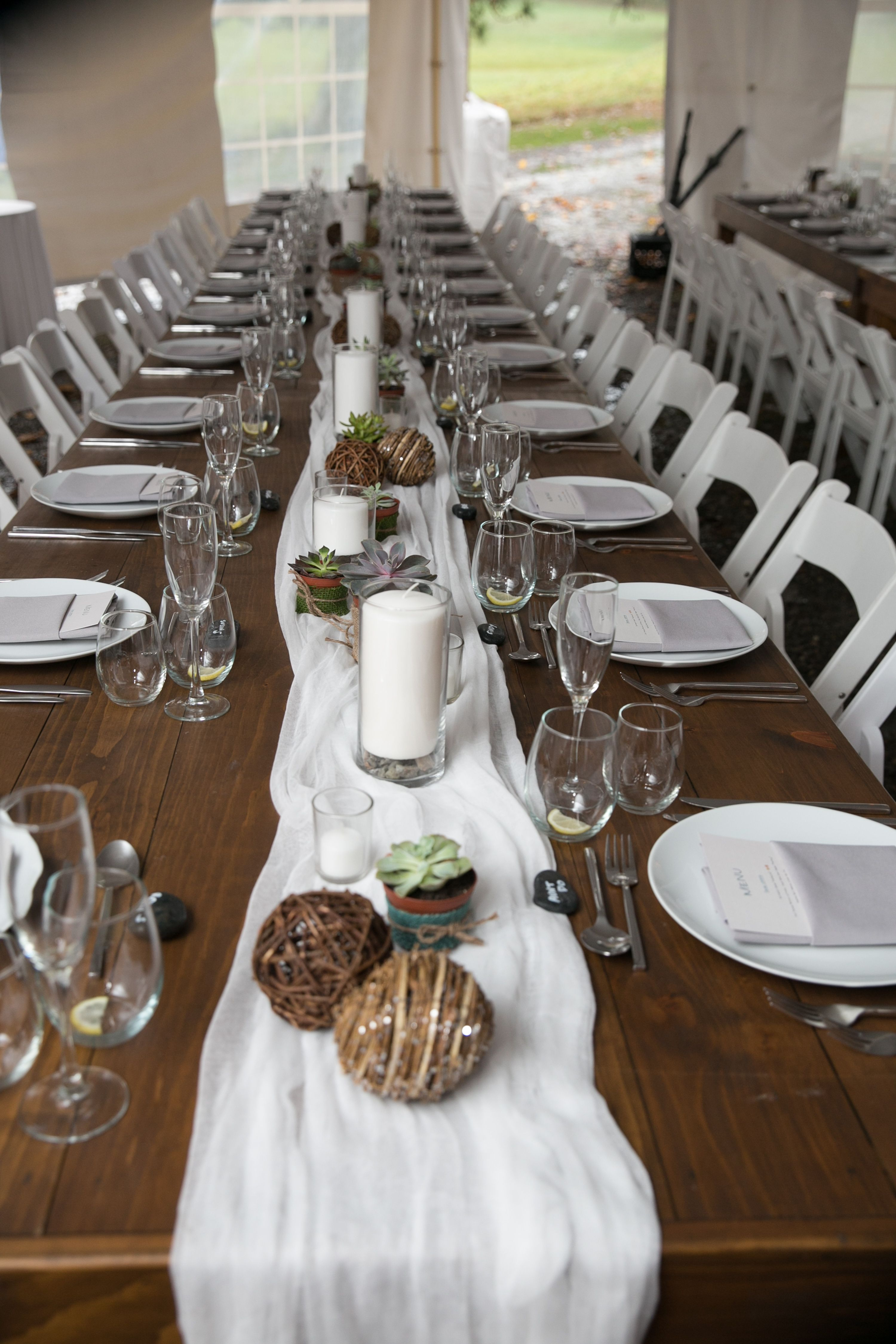 The perfect farm wedding table set up--cheesecloth ...