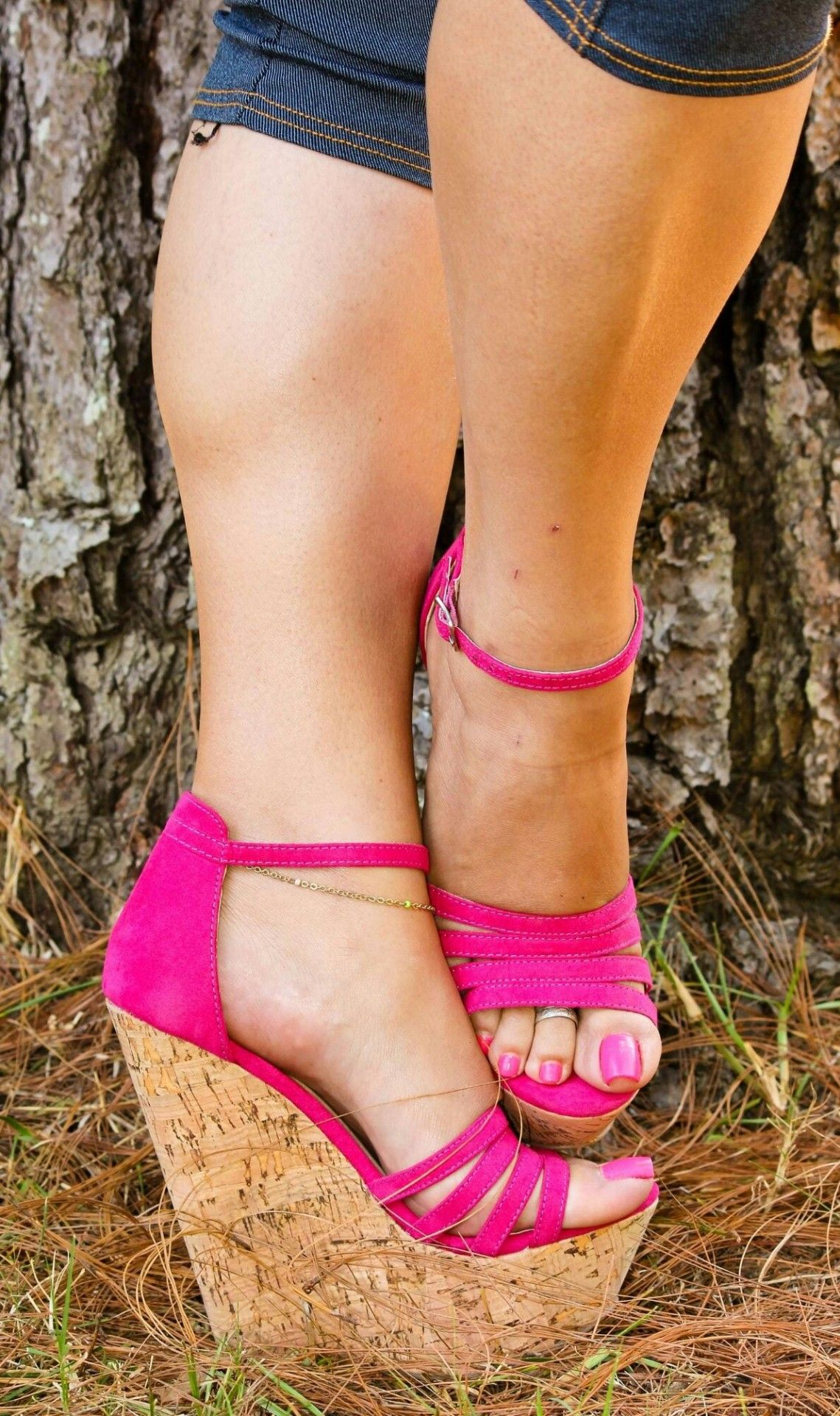 cdcba962c35a Beautiful pink wedges with matching piggies