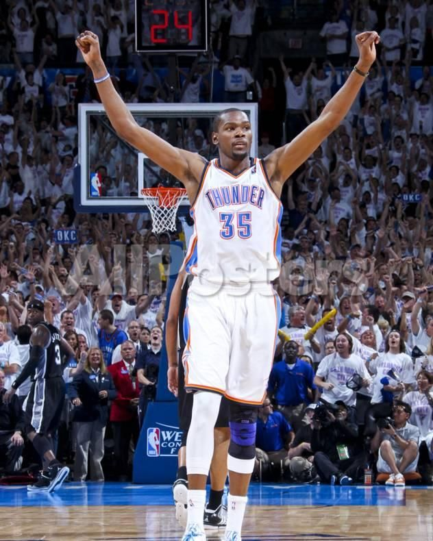 Oklahoma City, OK - June 6: Kevin Durant People Photo - 20 x 25 cm