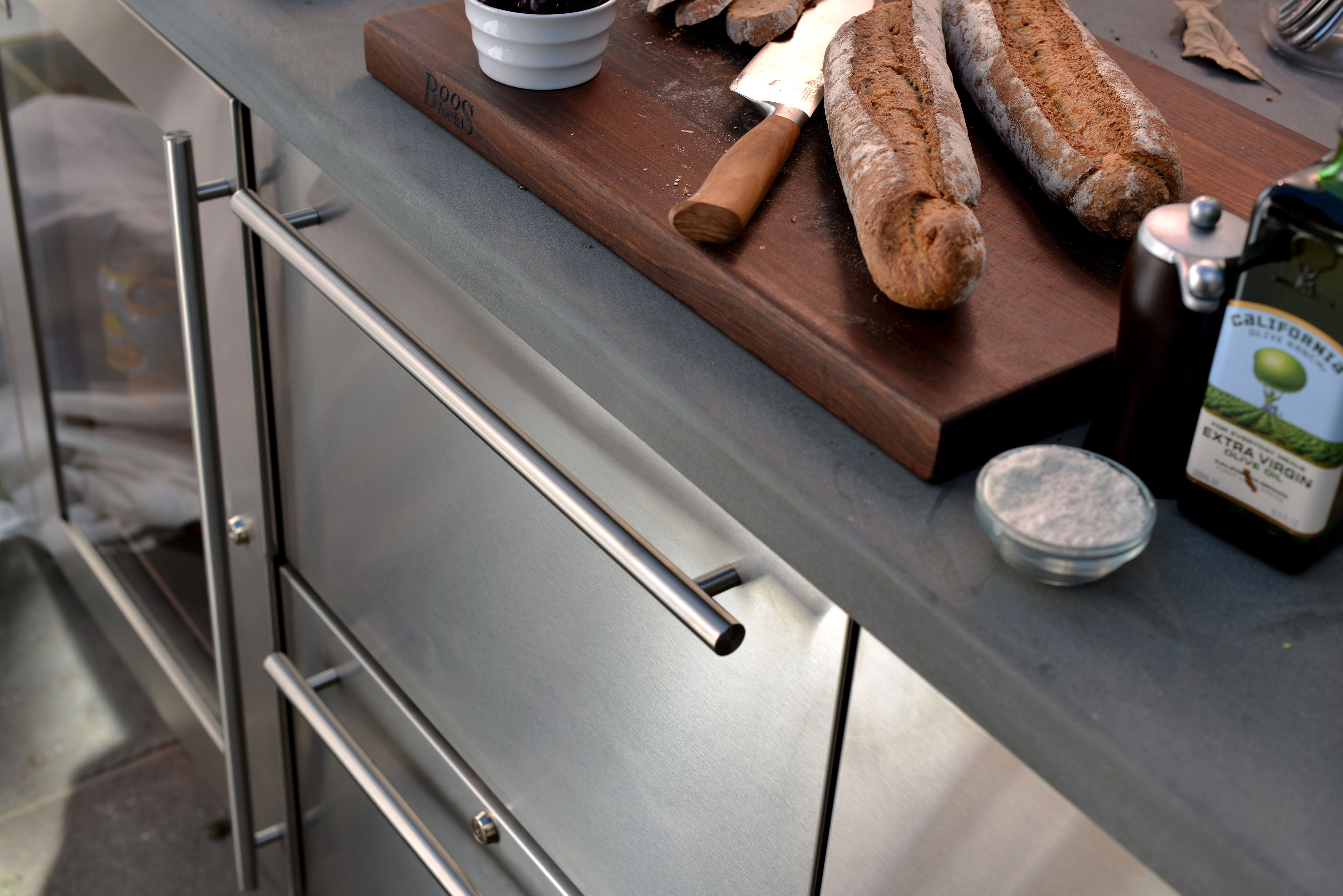 Kalamazoo Outdoor Gourmet Freezer Drawers For The Ultimate Outdoor Kitchen Outdoor Kitchen Appliances