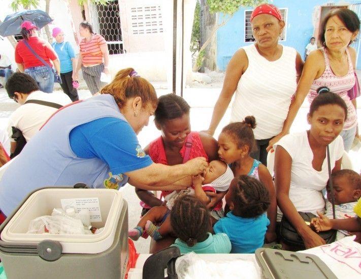 """IPIALES """"En 12 años se presentaron 2.400 casos de tuberculosis en Nariño"""". .. Los municipios aportan mayor número de casos fueron Pasto con 49, Tumaco (34), Barbacoas (10), Ipiales (9), Olaya Herrera (7), El Charco (5),.. En Nariño durante el 2015 se examinaron 35.200 personas sintomáticas respiratorias y se realizaron 98.960 exámenes de baciloscopia. Se reportaron 156 casos. (DIARIO DEL SUR - 11 Mar 2016 /IPITIMES en PINTEREST)"""