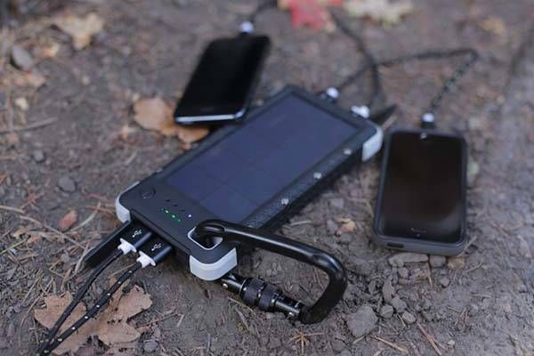Sos 20k Is A Rugged Solar Power Bank With 3 In 1 Led Light Gadgetsin Solar Battery Solar Charger Solar Battery Charger