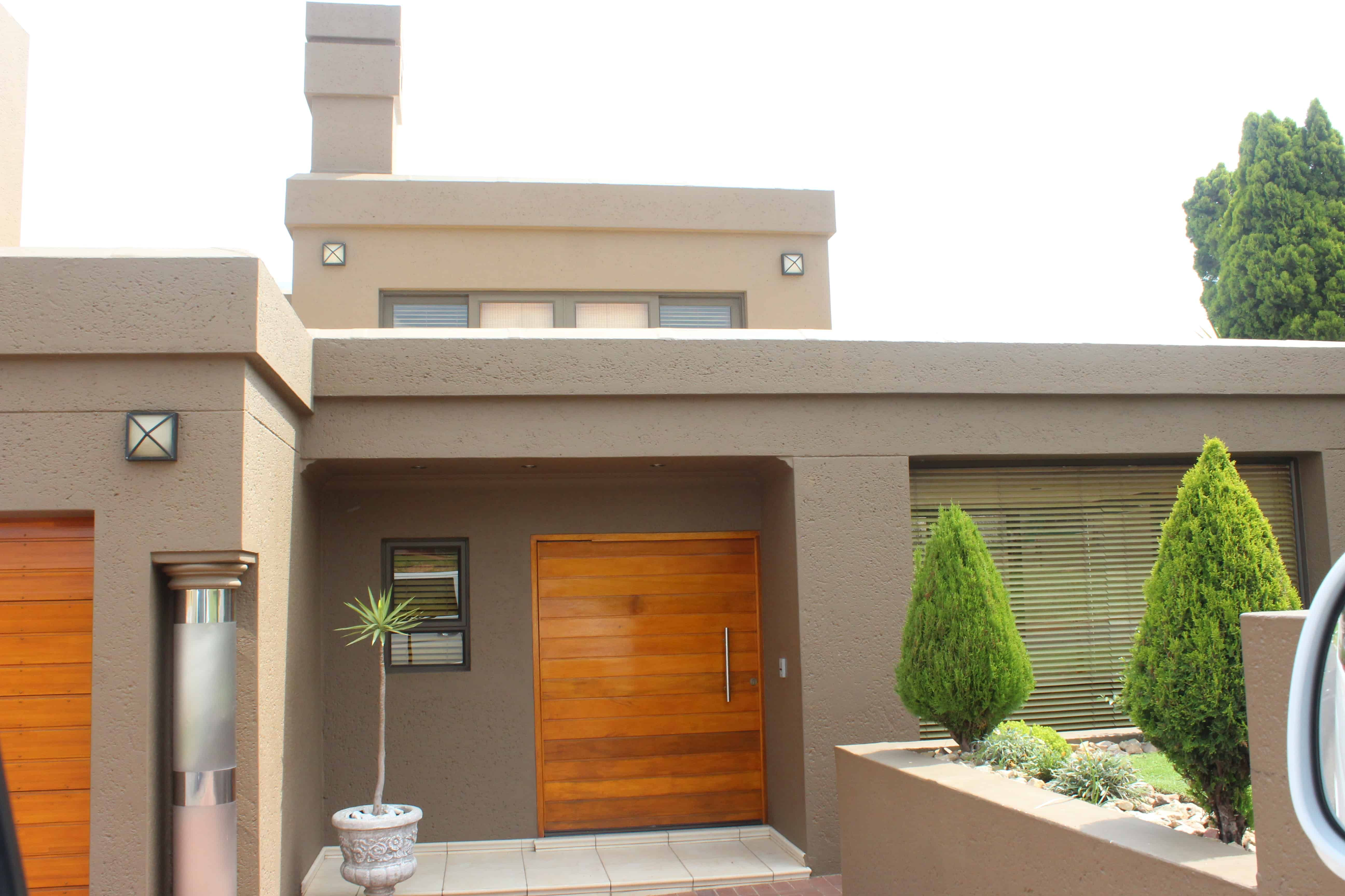 5 Things You Didn't Know Were In Soweto | Flat roof house ...