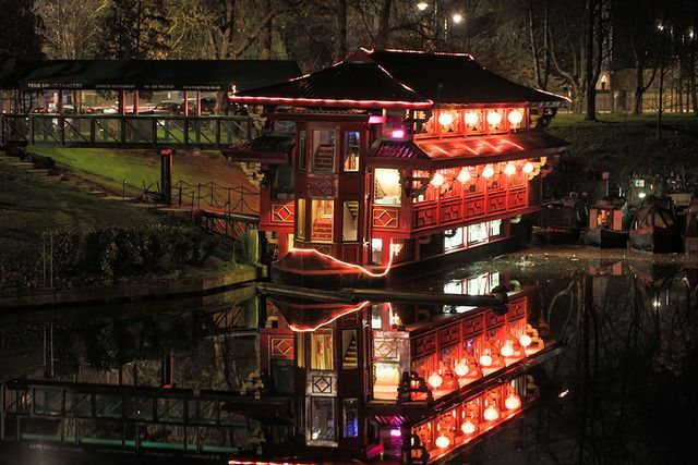 10 Things To Do Along London S Regent S Canal Floating Restaurant London London Restaurants