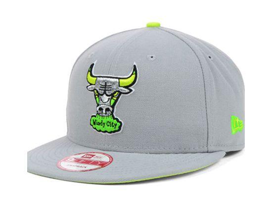 Custom Chicago Bulls Neon 9Fifty Snapback Cap by NEW ERA x NBA ... 32dc198b4e4e