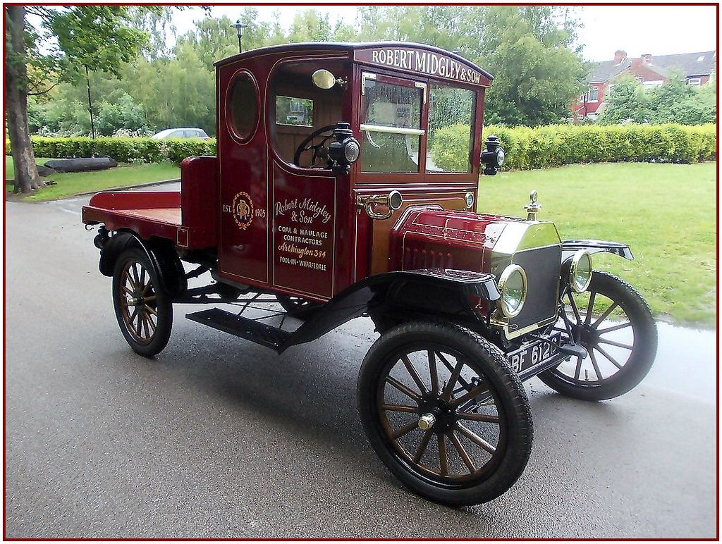 """Small """"Ford"""" Truck from 1916 . Small ford trucks"""
