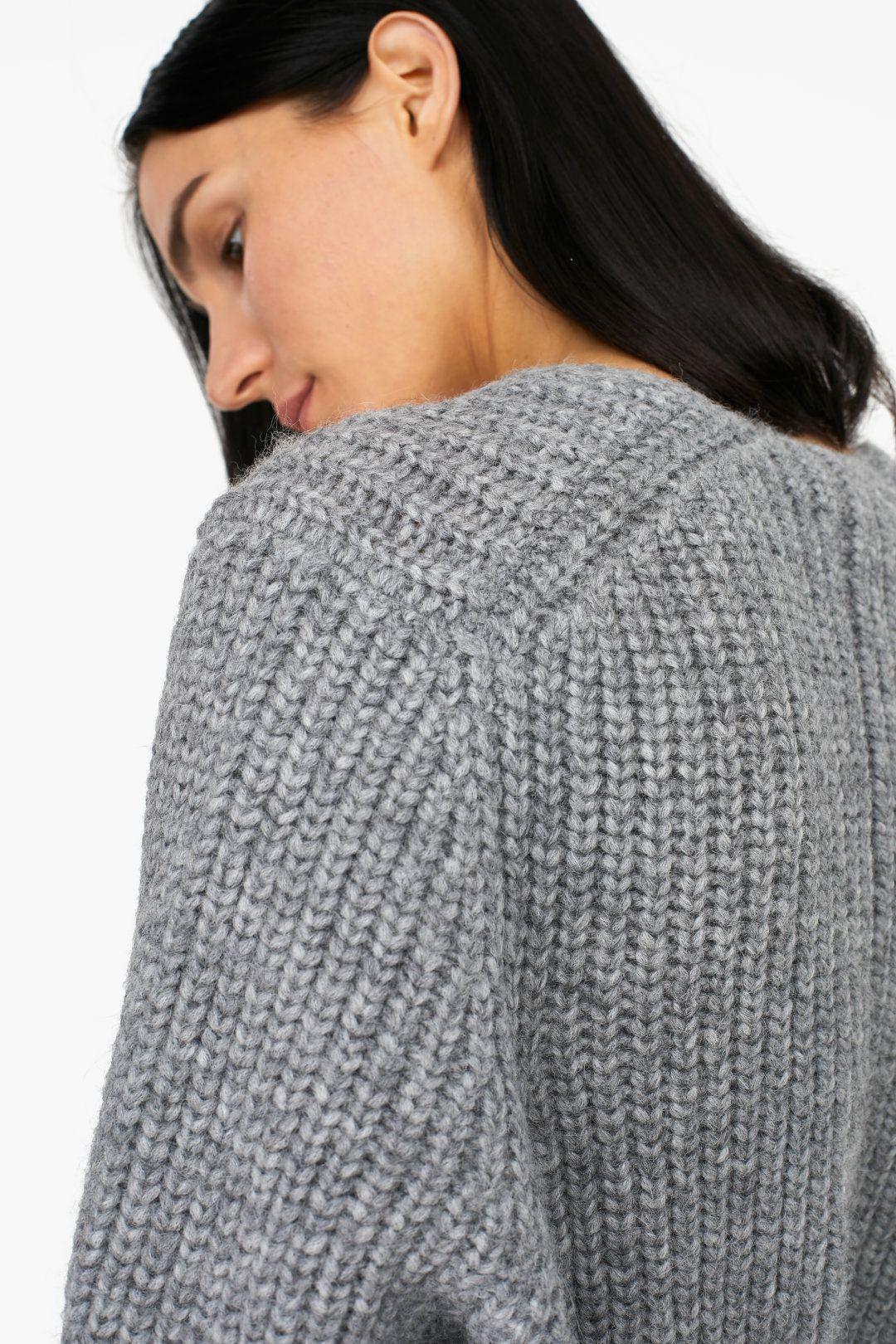 7aed1ec26da3 V-Sweater from Royal Baby Alpaca Mix