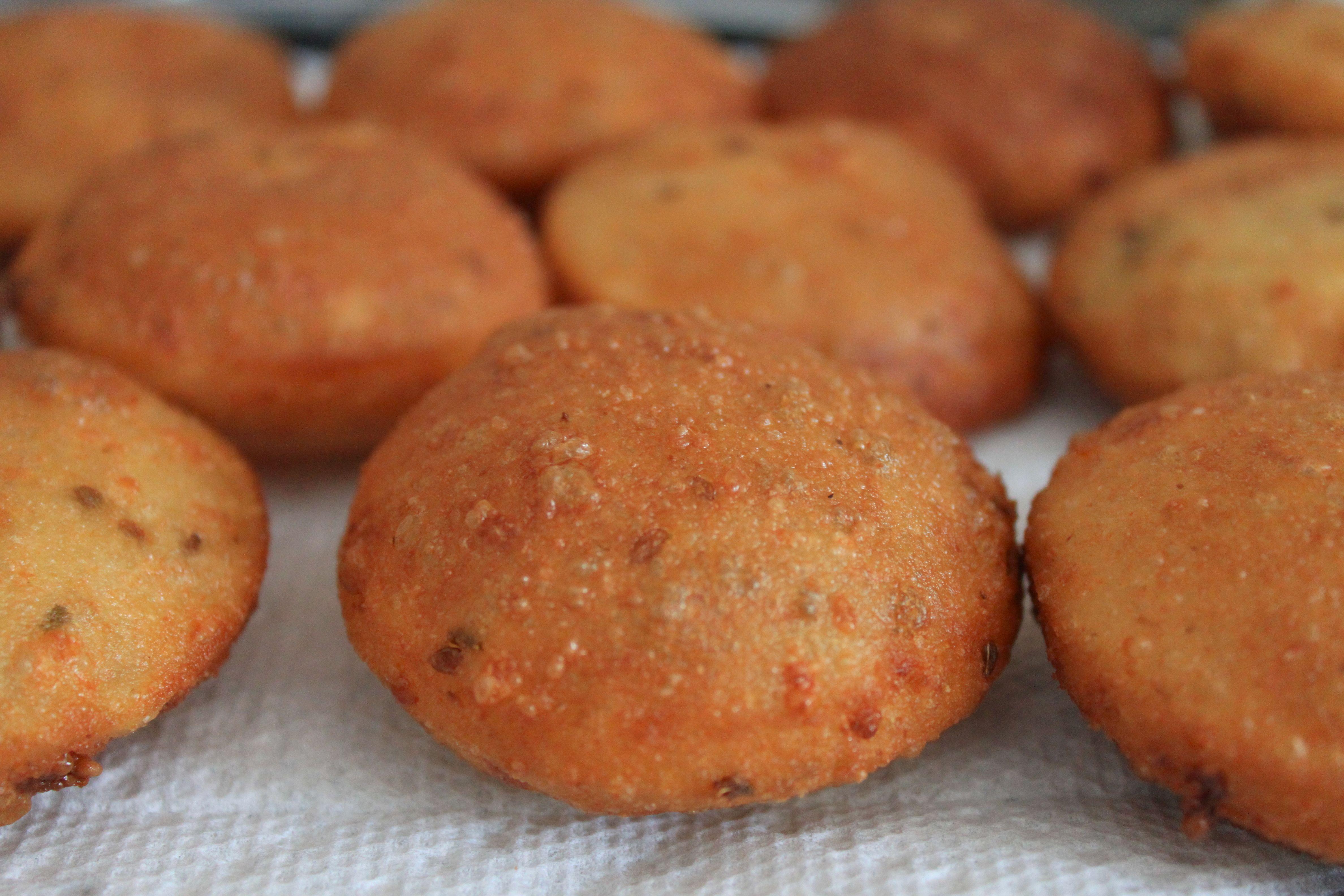 Venezuelan arepitas dulces also known as arepuelas or anisitas in venezuelan arepitas dulces also known as arepuelas or anisitas in colombia theyre venezuelan foodvenezuelan recipesmexican forumfinder Choice Image
