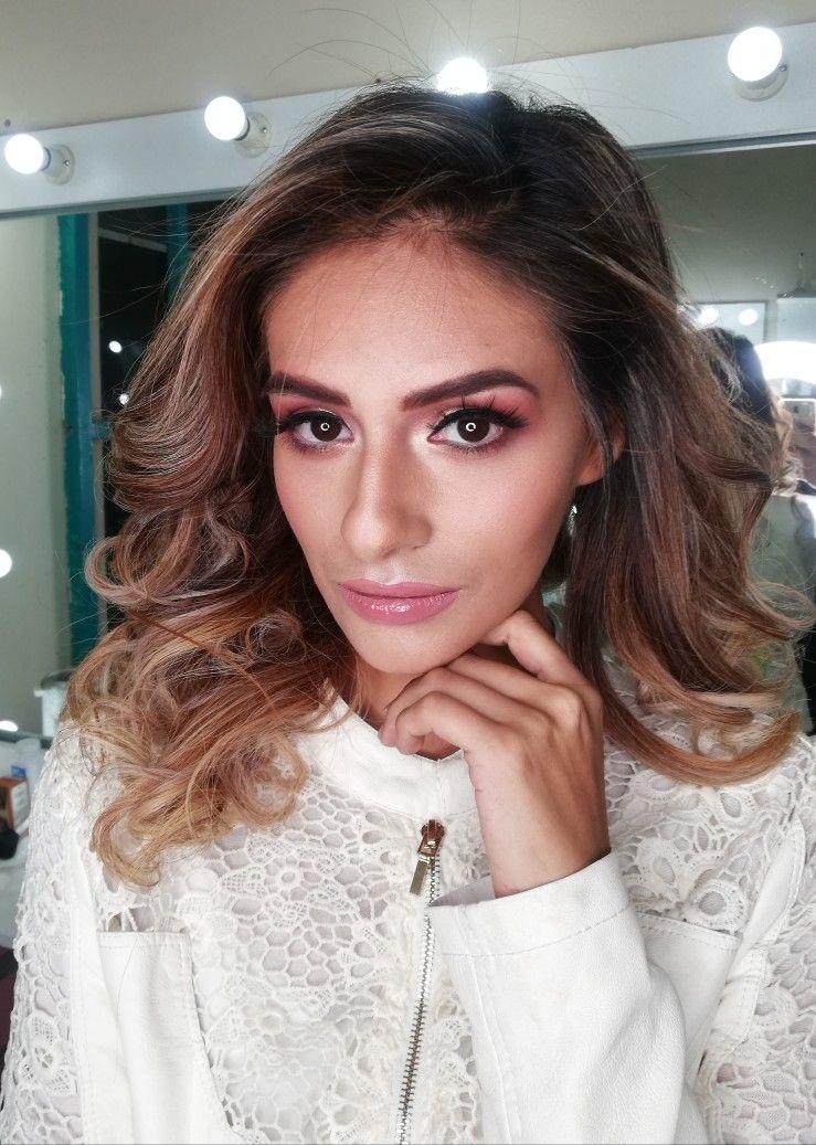 Pin de Romina makeUp en salón de belleza Maquillaje