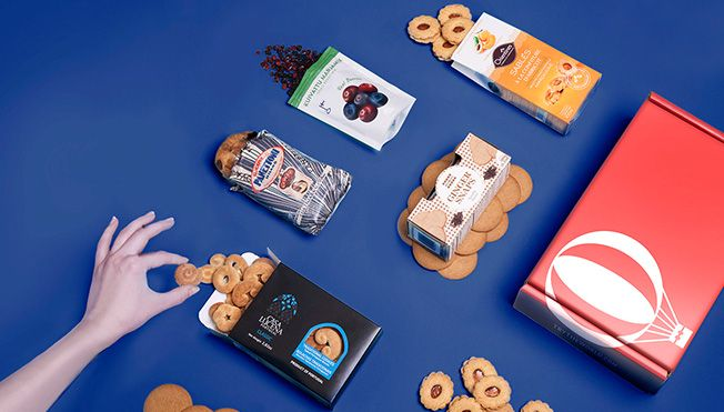 Our gift boxes are filled with authentic foods from around the world and make the perfect gift for food lovers. Discover international foods with Try The World