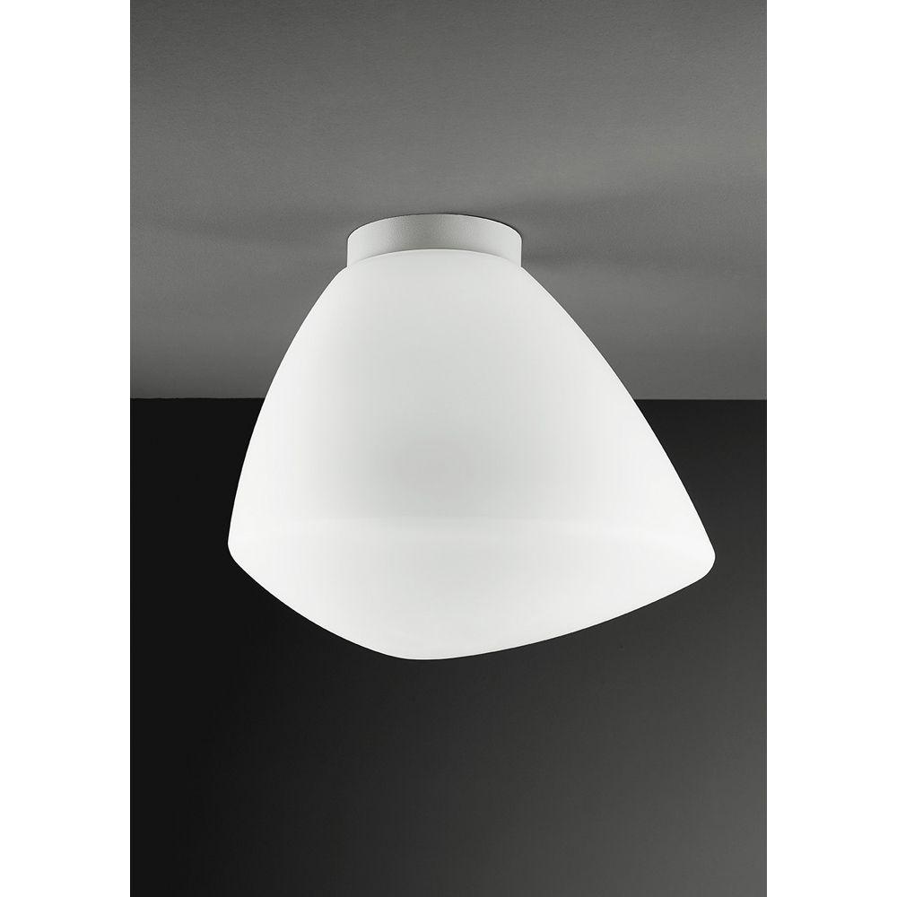 STRANO Deckenleuchte mit asymmetrischem Glas satiniert-weiß, in 3 Größen erhältlich.