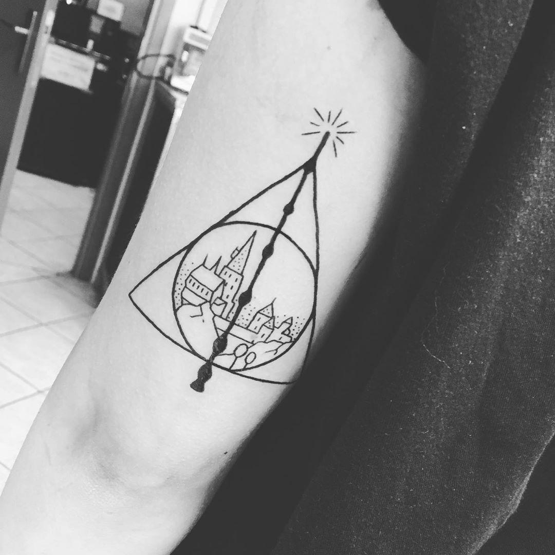 103 Tiny Harry Potter Tattoo Ideas That Any Witch Or Wizard Will Love Tiny Harry Potter Tattoos Hogwarts Tattoo Harry Potter Tattoos