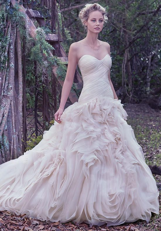 Maggie Bridal By Sottero Penny Renaissance Bridals York Pa Prom Gowns Homecoming Mother Of The Bride Bridesmaids