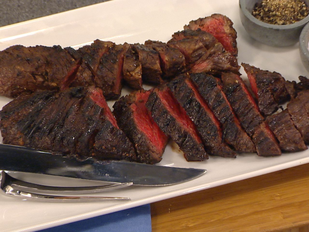 Weeknight grilling? Most def. Martha Stewart makes balsamic-marinated hanger steaks, chicken & more