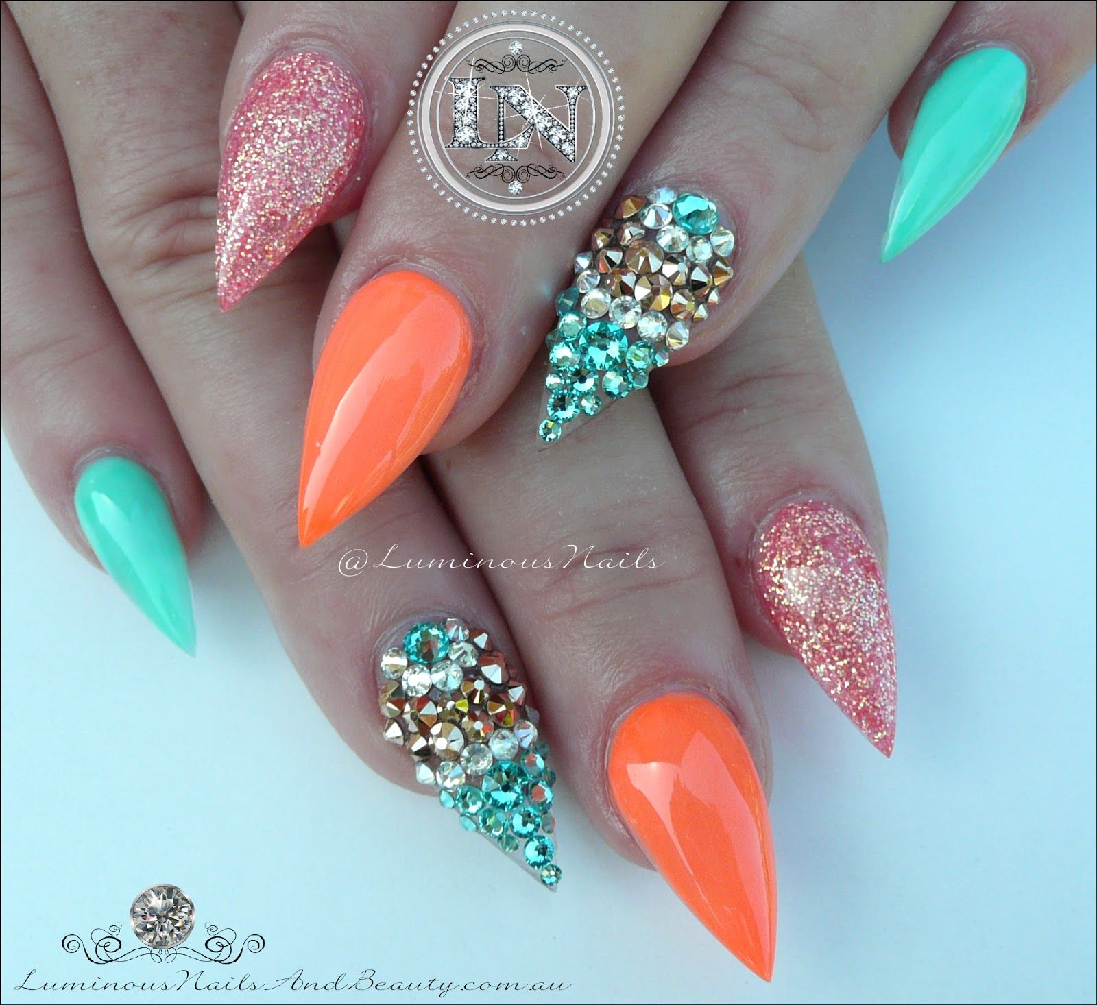 luminous nails: glamorous nails inspired@malishka702_nails