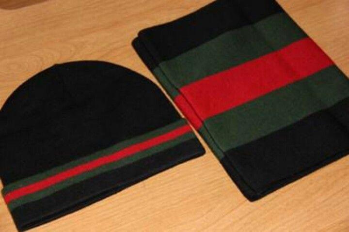 Gucci hat and scarf  d976a3b9e4e