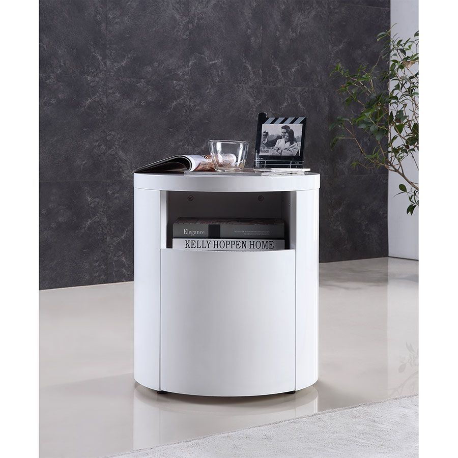 Every Location In Accent Colour Arya White Round Modern End Table Nightstand High Gloss White Lacquer Nightstand End Tables