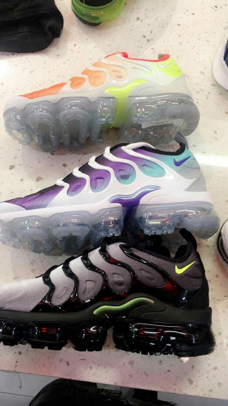 bd564d163 Calças Femininas · Sapatilhas · Diamond Galore Shoes Calçados, Sapatos E  Meias, Tênis Lindos, Tênis Nike, Tênis