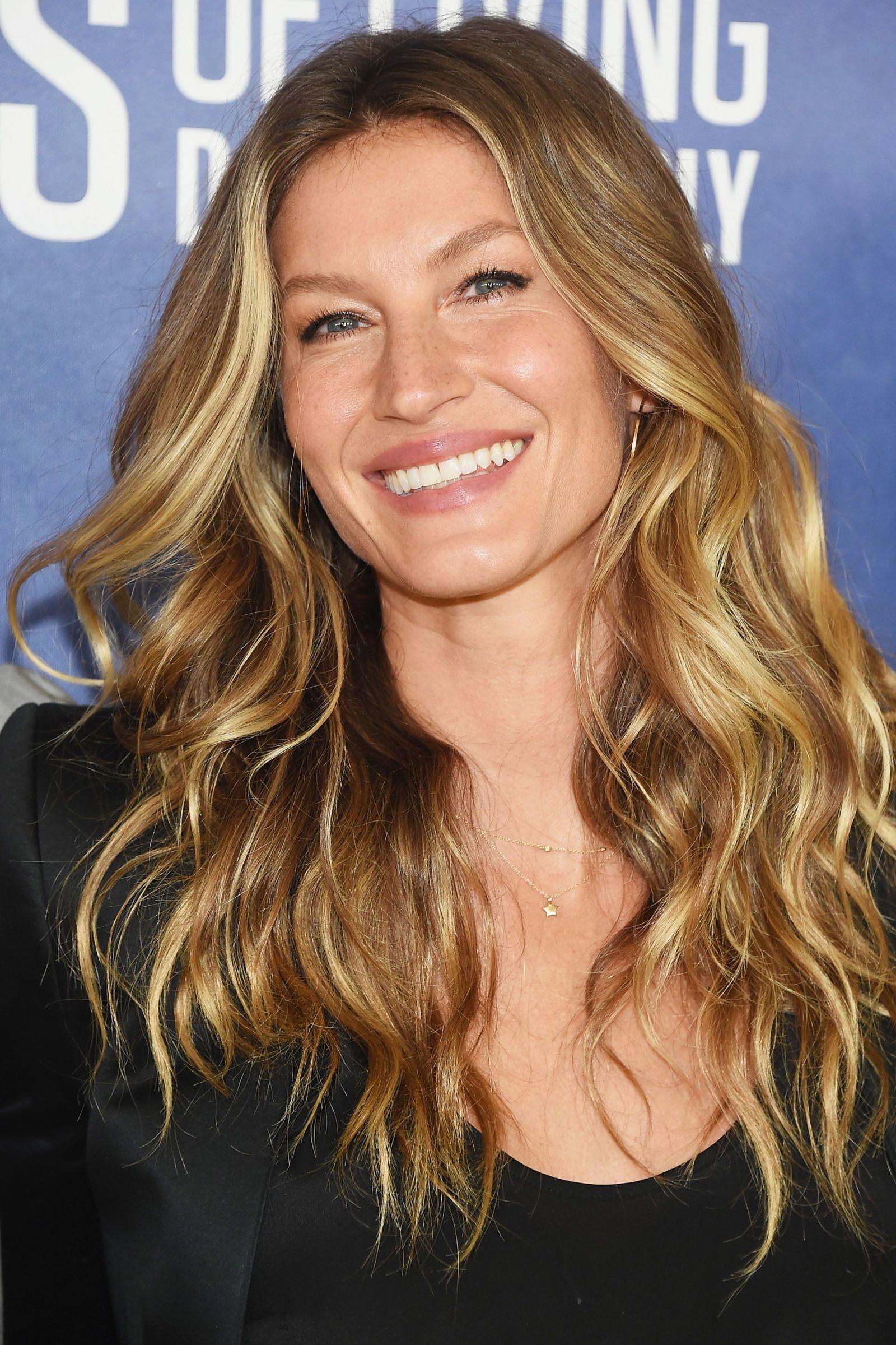 12 of the Best Dark Blonde Hair Colors advise