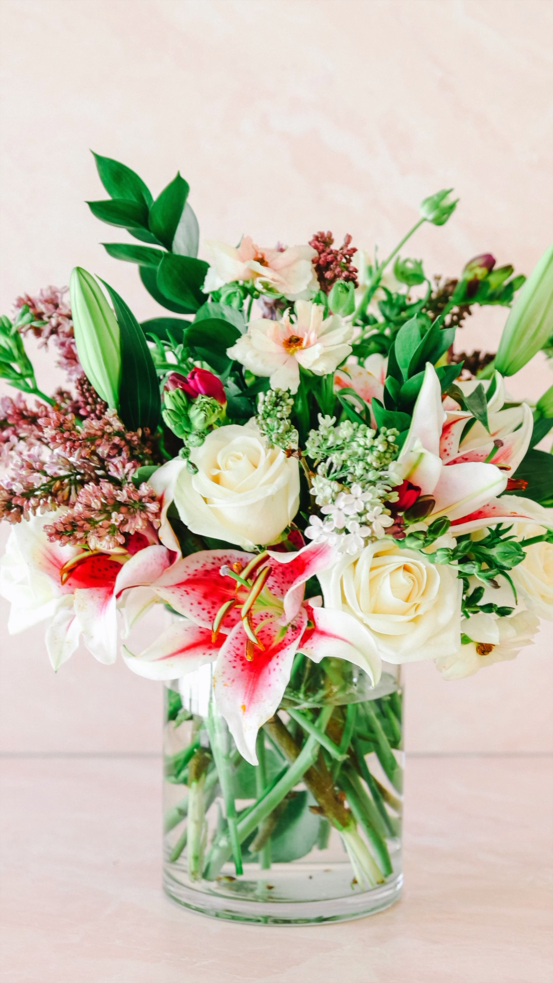 Supermarket flower arrangement! Grocery store flowers made into an arrangement for mother's day! How to arrange store bought flowers. #mothersday #flowers #flowerbouquet #grocerystoreflowers
