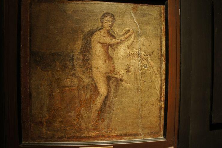 Помпеянцы и помпеянки использовали приворотные зелья, любовные эликсиры, секс-игрушки, искусственные фаллосы, вырезанные из дерева и обшитые кожей. Бесплодные женщины пользовались услугами суррогатных матерей. Были специальные площадки для «съема» – цирки, форум, термы.