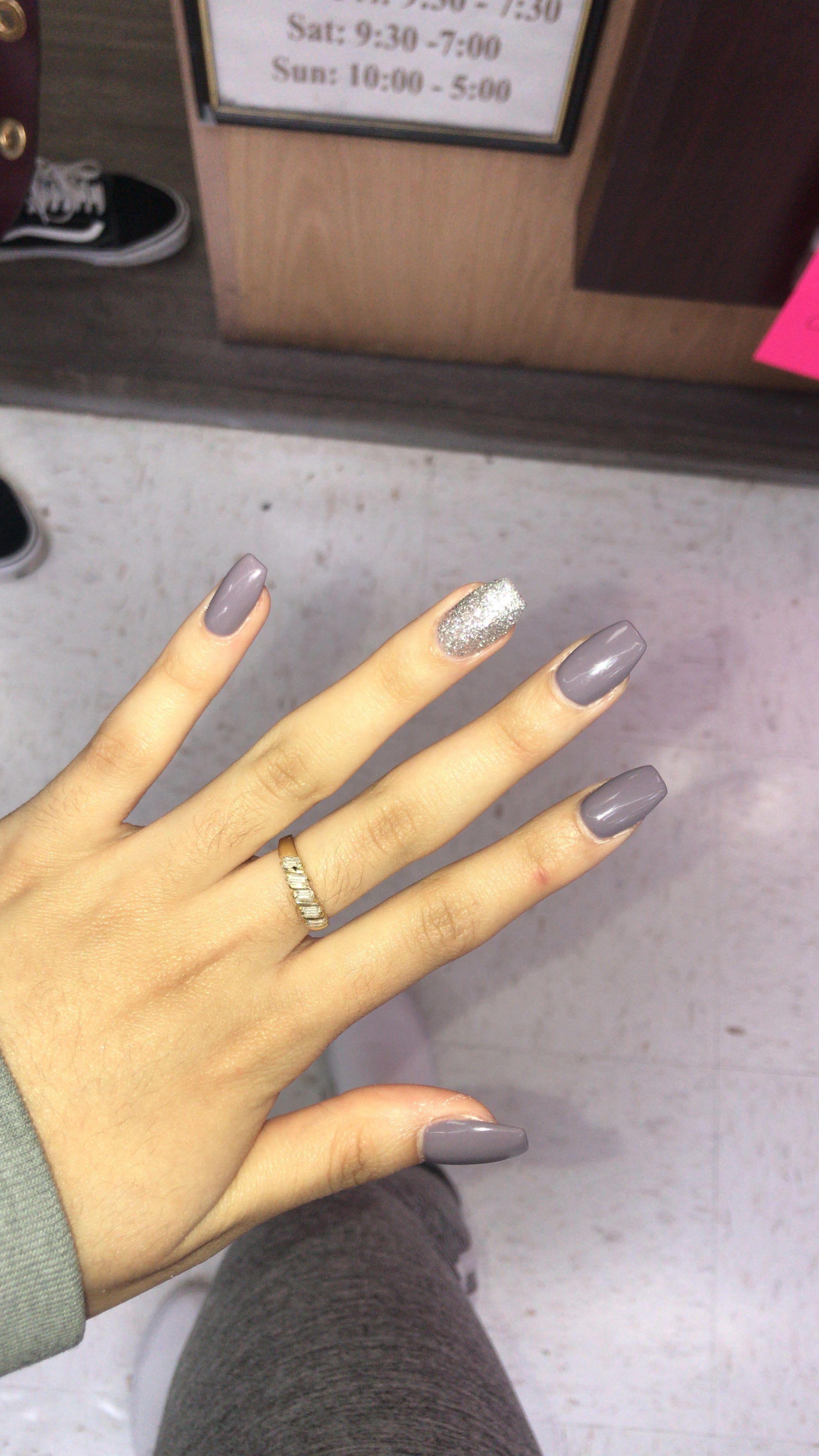 Nails Nailsart Trendy Trending Beauty Ladies Cosmetics