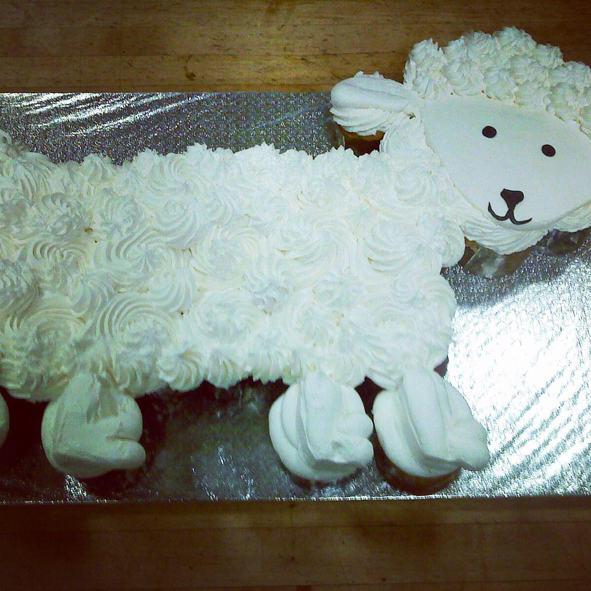 Baby Shower lamb cupcake cake