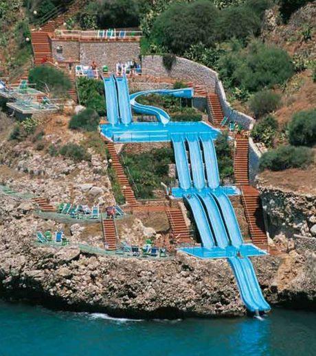 Top 20 des plus somptueuses piscines priv es du monde - Belle terrasse en bois ...
